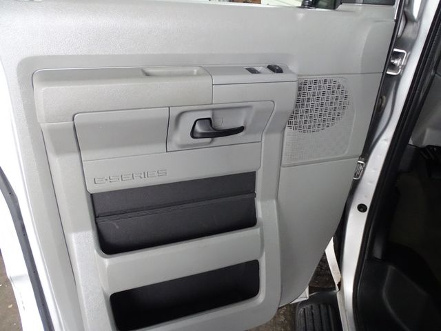 2013 Ford E-Series Wagon XLT Corpus Christi, Texas 21