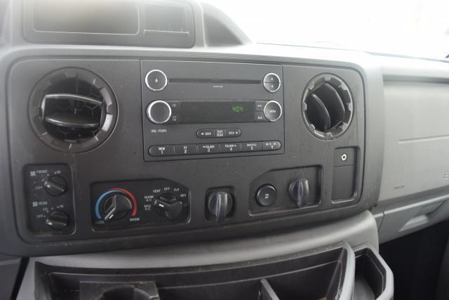 2013 Ford E-Series Wagon XLT Richmond Hill, New York 9