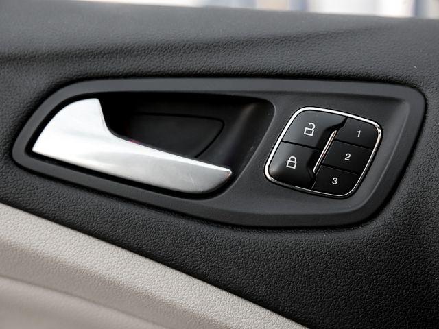 2013 Ford Escape SEL Burbank, CA 17