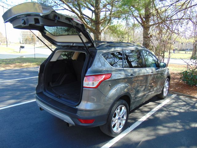 2013 Ford Escape SE Leesburg, Virginia 8