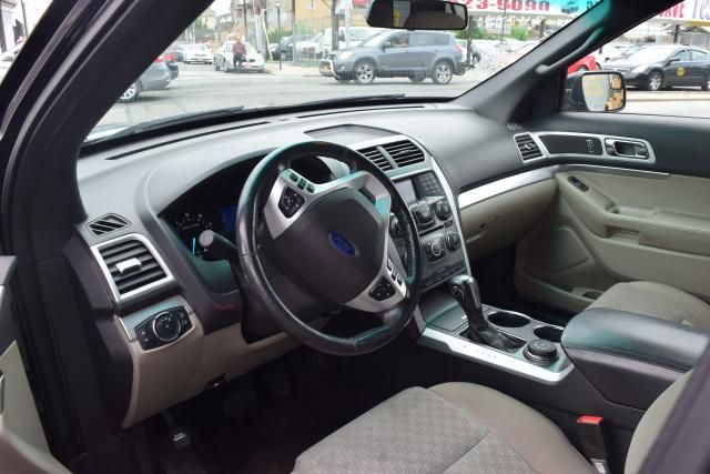 2013 Ford Explorer XLT Richmond Hill, New York 13