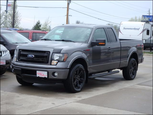 2013 Ford F-150 4WD SuperCab FX4 w/ FXAppearance/Sunroof/20s  in Des Moines IA