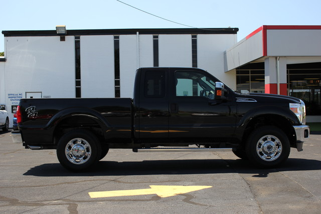 2013 Ford Super Duty F-250 Pickup XLT Mooresville , NC 7