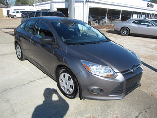 2013 Ford Focus S Houston, Mississippi 1