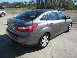 2013 Ford Focus S Houston, Mississippi 4