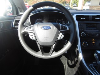 2013 Ford Fusion SE Batesville, Mississippi 13
