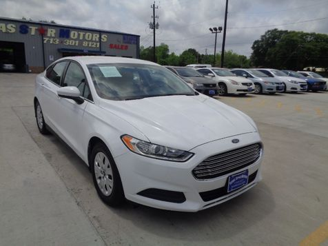 2013 Ford Fusion S in Houston