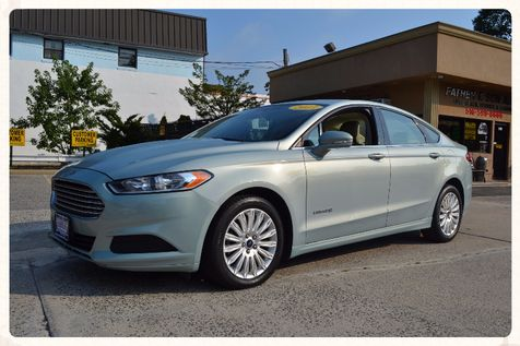 2013 Ford Fusion Hybrid SE in Lynbrook, New