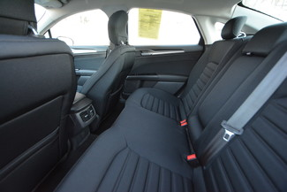 2013 Ford Fusion Hybrid SE Naugatuck, Connecticut 10