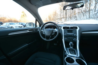 2013 Ford Fusion Hybrid SE Naugatuck, Connecticut 11
