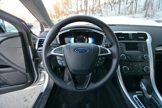 2013 Ford Fusion Hybrid SE Naugatuck, Connecticut 15