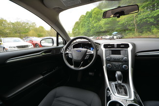 2013 Ford Fusion Hybrid SE Naugatuck, Connecticut 13