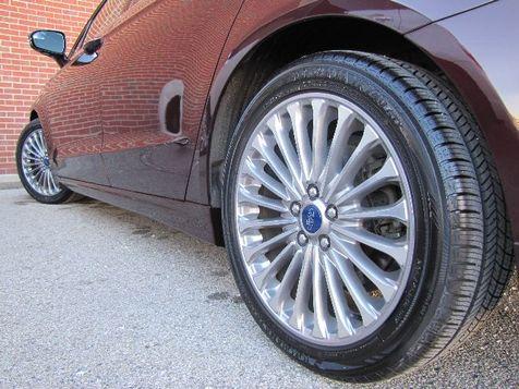 2013 Ford Fusion Titanium | Louisville, Kentucky | iDrive Financial in Louisville, Kentucky