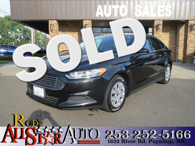 2013 Ford Fusion S The CARFAX Buy Back Guarantee that comes with this vehicle means that you can b