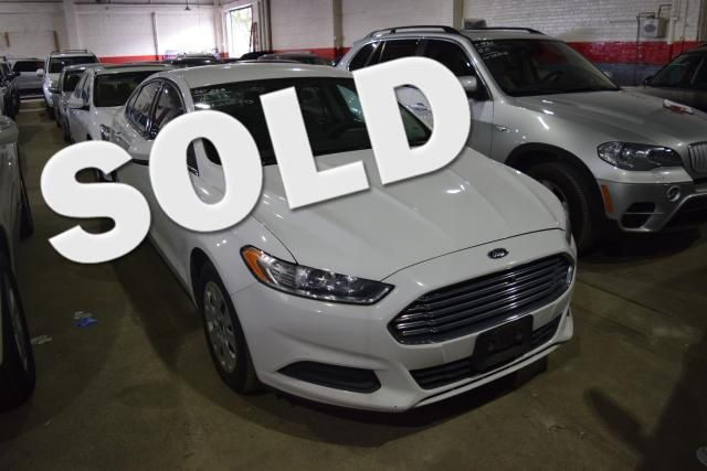 2013 Ford Fusion S Richmond Hill, New York 0