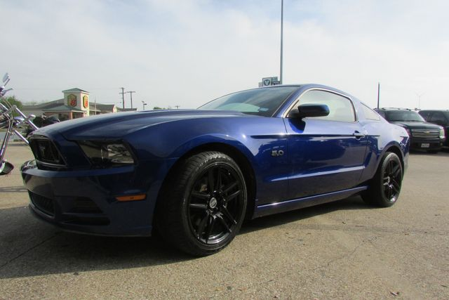 2013 Ford Mustang GT Arlington, Texas 1