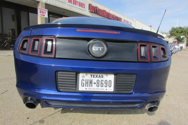 2013 Ford Mustang GT Arlington, Texas 3
