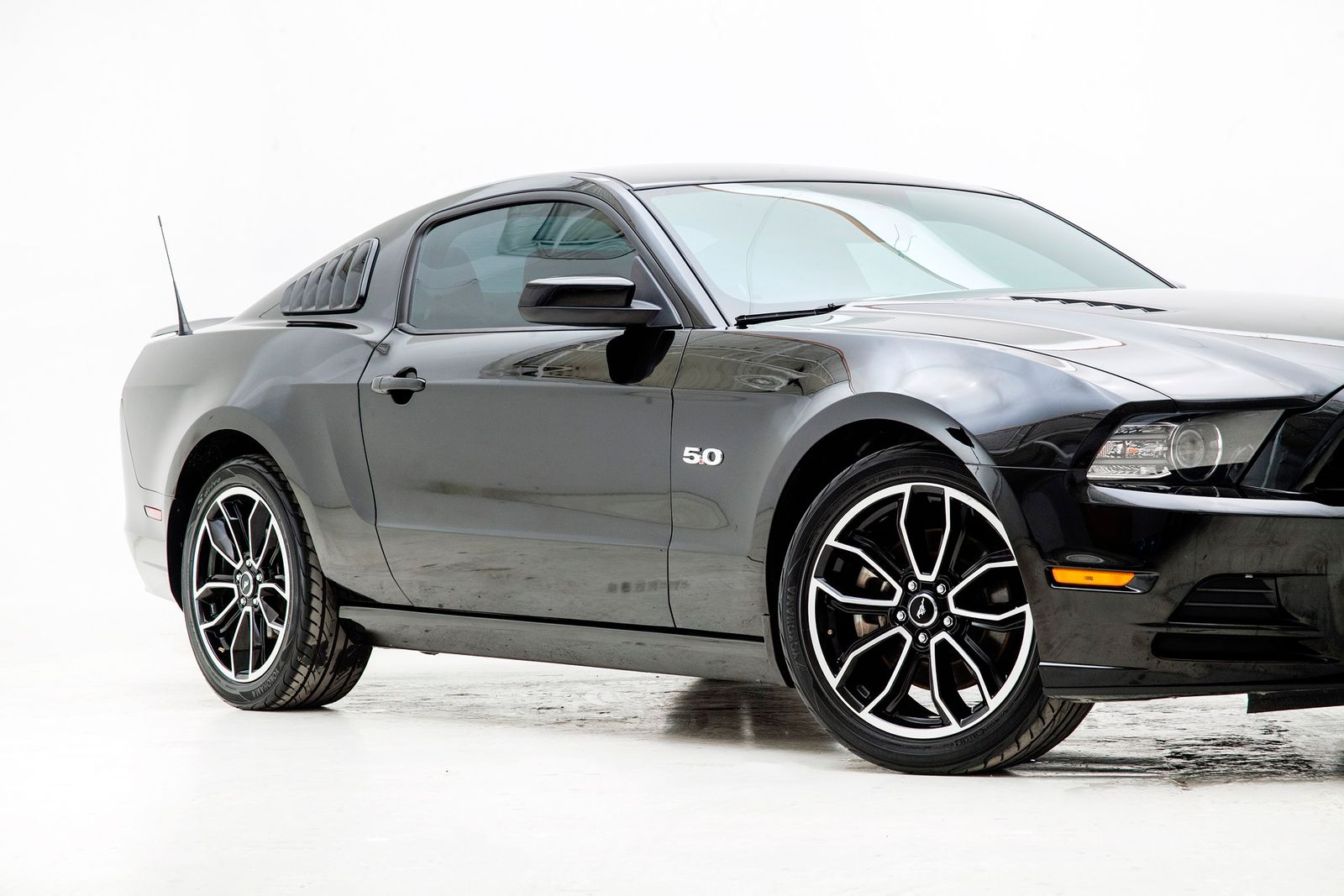 Used 2013 Black Ford Mustang  GT Premium Photo 3