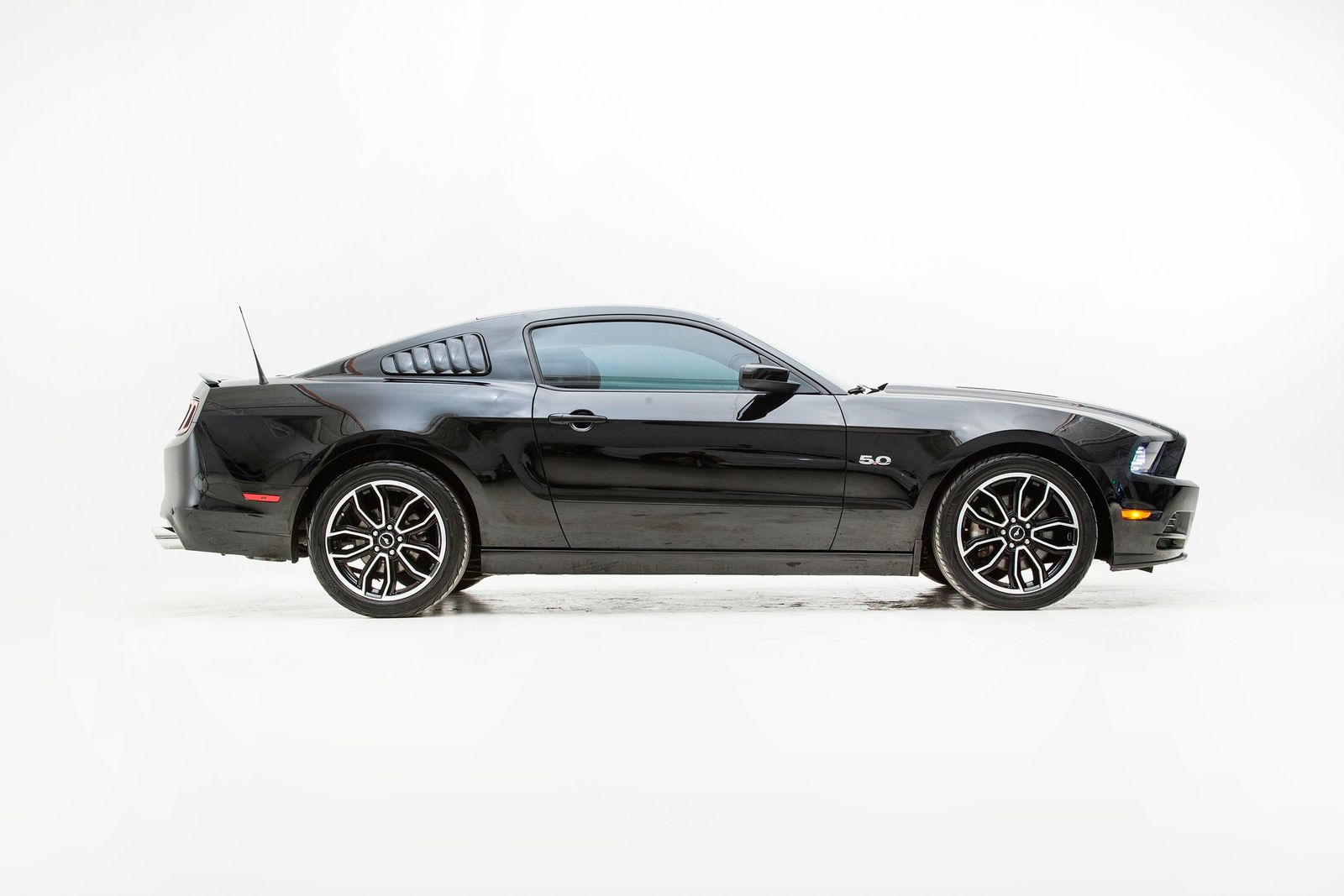 Used 2013 Black Ford Mustang  GT Premium Photo 6