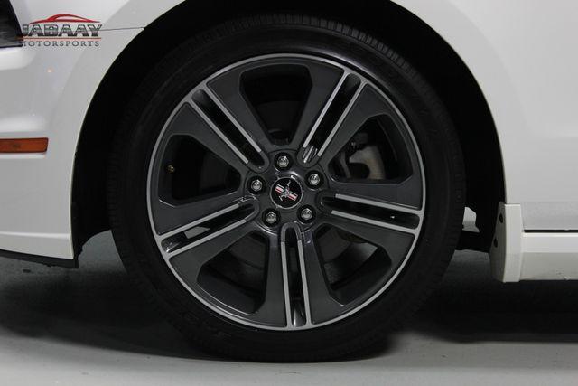 2013 Ford Mustang V6 Premium Merrillville, Indiana 40