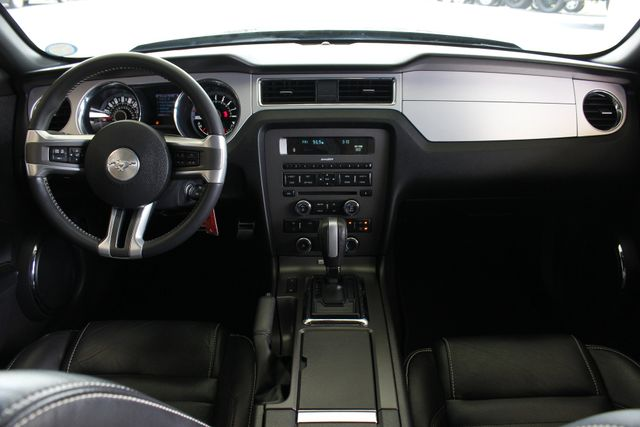 2013 Ford Mustang V6 Premium - Heated Leather - Upgraded Wheels! Mooresville , NC 28