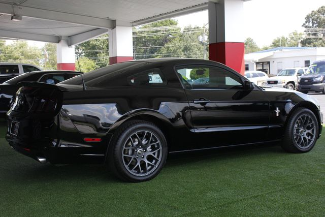 2013 Ford Mustang V6 Premium - Heated Leather - Upgraded Wheels! Mooresville , NC 24