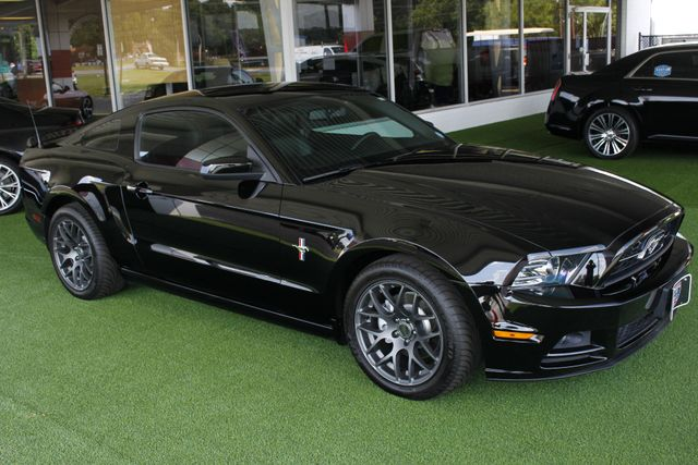 2013 Ford Mustang V6 Premium - Heated Leather - Upgraded Wheels! Mooresville , NC 22