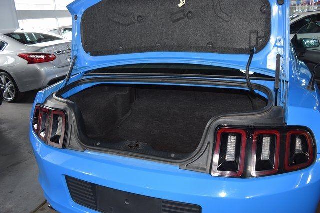 2013 Ford Mustang V6 Richmond Hill, New York 13
