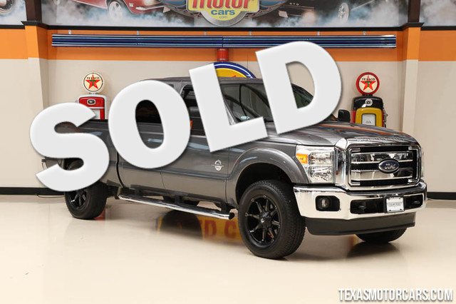 2013 Ford Super Duty F-250 XLT This Carfax 1-Owner Ford Super Duty F-250 XLT is in great shape wit