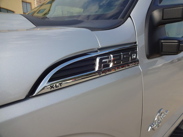 2013 Ford Super Duty F-250 Pickup XLT Corpus Christi, Texas 10