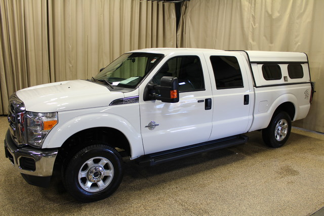 2013 Ford Super Duty F-250 Tommy lift gate XLT Roscoe, Illinois 2