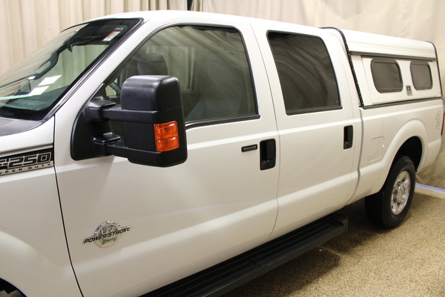 2013 Ford Super Duty F-250 Tommy lift gate XLT Roscoe, Illinois 7
