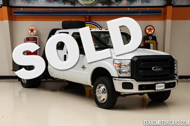 2013 Ford Super Duty F-350 XL 4x4 This Carfax 1-Owner 2013 Ford Super Duty F-350 DRW Chassis Cab X