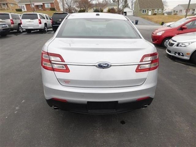 2013 Ford Taurus Limited Ephrata, PA 4