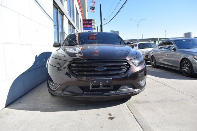 2013 Ford Taurus Limited Richmond Hill, New York 1
