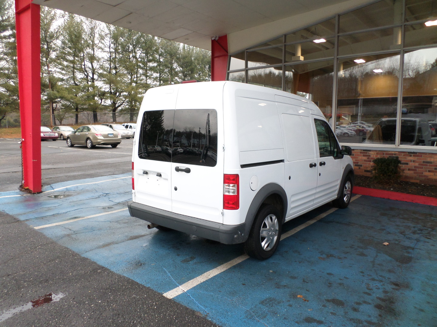 2013 ford transit connect van xl city ct apple auto wholesales. Black Bedroom Furniture Sets. Home Design Ideas