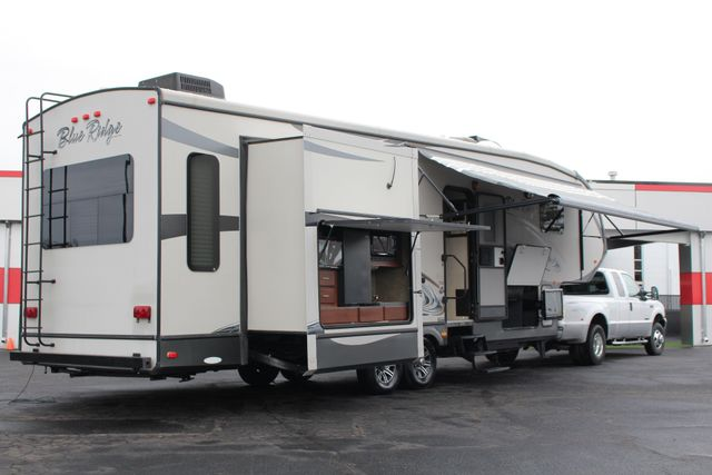 2013 Forest River Blue Ridge 3125RT - FIREPLACE - 4 LCD TVS! Mooresville , NC 64