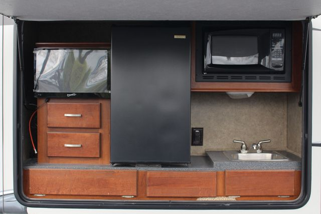 2013 Forest River Blue Ridge 3125RT - FIREPLACE - 4 LCD TVS! Mooresville , NC 6