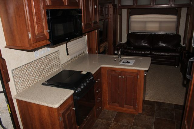 2013 Forest River Blue Ridge 3125RT - FIREPLACE - 4 LCD TVS! Mooresville , NC 21