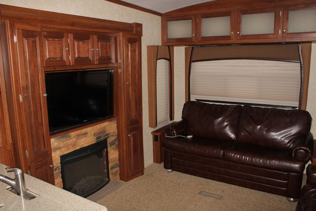 2013 Forest River Blue Ridge 3125RT - FIREPLACE - 4 LCD TVS! Mooresville , NC 16