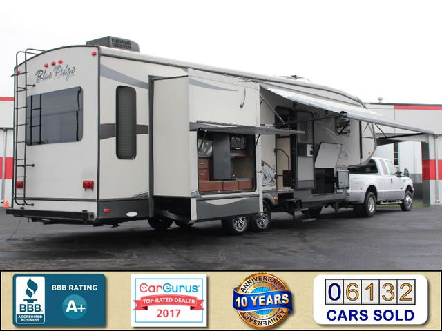 2013 Forest River Blue Ridge 3125RT - FIREPLACE - 4 LCD TVS! Mooresville , NC 2