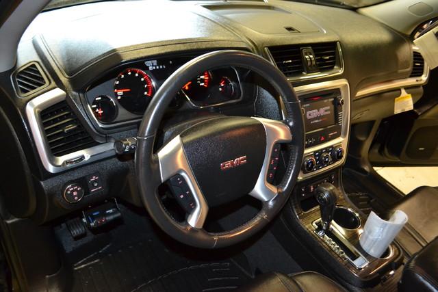 2013 GMC Acadia SLT Roscoe, Illinois 14