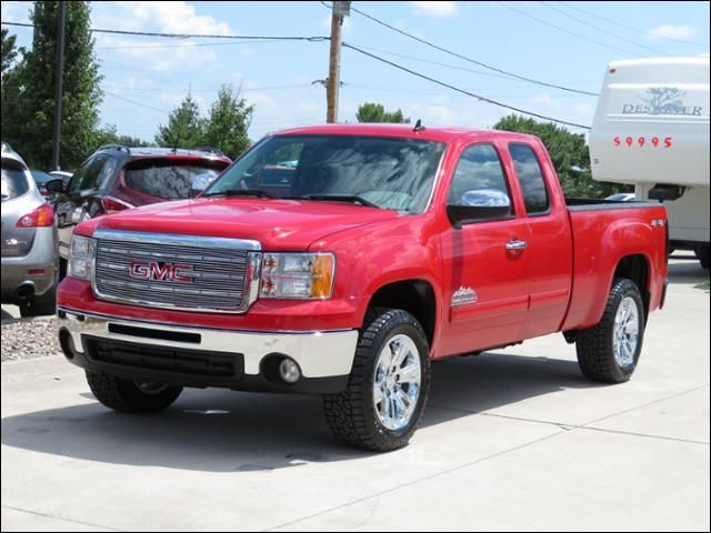 2013 GMC Sierra 1500 4WD 'High Sierra' Lifted w/New GM Accessory  20's in Des Moines IA