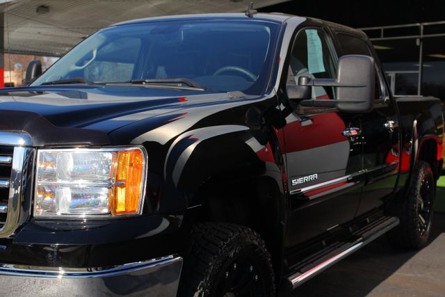 2013 GMC Sierra 1500 SLE Crew Cab 4x4 - LIFTED - LOT$ OF EXTRA$! Mooresville , NC 28