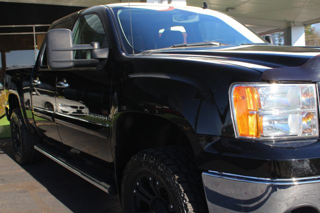 2013 GMC Sierra 1500 SLE Crew Cab 4x4 - LIFTED - LOT$ OF EXTRA$! Mooresville , NC 27