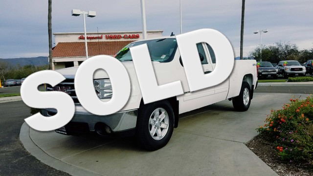 2013 GMC Sierra 1500 SLE Go anywhere anytime with four-wheel drive 4WD as an option This is a 2
