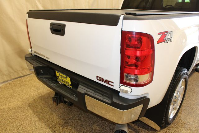 2013 GMC Sierra 2500HD SLT Roscoe, Illinois 3