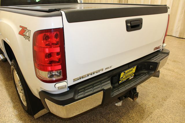 2013 GMC Sierra 2500HD SLT Roscoe, Illinois 4