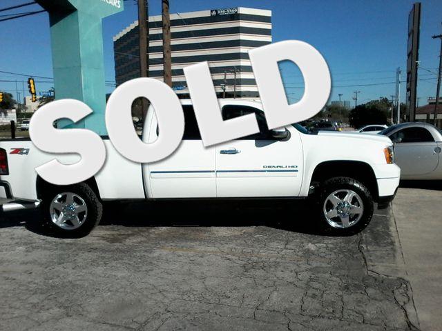 2013 GMC Sierra 2500HD Denali Z71Pkg San Antonio, Texas 0