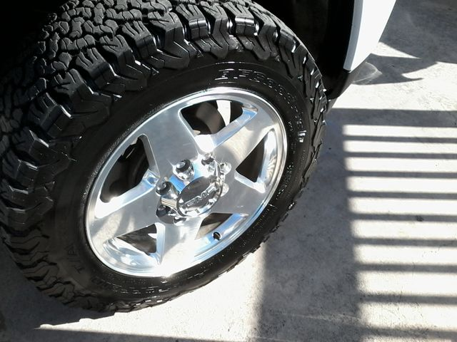2013 GMC Sierra 2500HD Denali Z71Pkg San Antonio, Texas 41